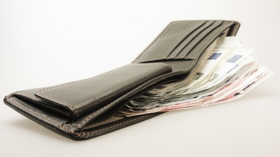 money-494160_1920