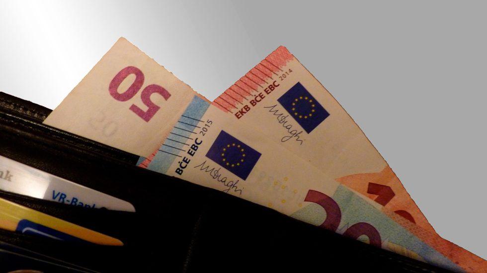 cash-1358874_1920